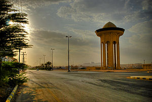 Al-Muzahmiyya - Image: The Main Street in Al Muzahimiyah (HDR) (3312344154)