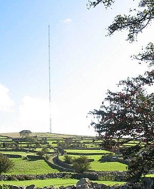 Arfon transmitting station - Image: The Nebo Relay Mast geograph.org.uk 259341
