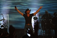Tim McGraw at WEZL Charleston's Best Country.jpg