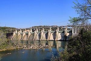 Tom Miller Dam - Tom Miller Dam impounds Lake Austin. The downstream side is the beginning of Lady Bird Lake.