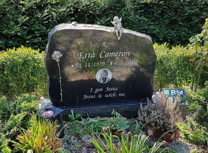 File:Tomb of Etta Cameron.jpg
