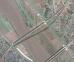 Tonegawa bridge tohoku mainline aerial photo 19801015.jpg