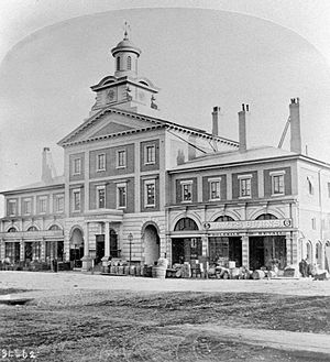 St. Lawrence Market South - Image: Toronto City Hall 1868
