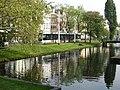 Tram langs het water in Rotterdam.jpg