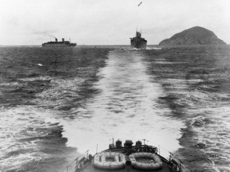 Troop transports Queen Mary and Queen Elizabeth