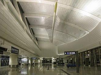 Tsing Yi station - Image: Tsing Yi Station Airport Express Line Concourse