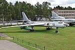 Tupolev Tu-16K-26 '53 red' (39476122062).jpg
