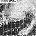 Typhoon Kirogi 8 Jul 2000 0311Z.jpg