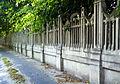 Vasbeton kerítés (15785. számú műemlék).jpg
