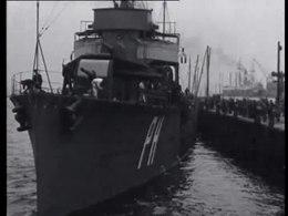 Bestand:Vertrek torpedojager Piet Hein-509871.ogv