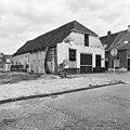 Voor- en linker zijgevel - Harderwijk - 20100945 - RCE.jpg