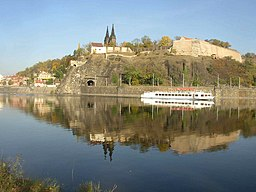 Vysehrad as seen over the Vltava from Cisarska louka 732.jpg