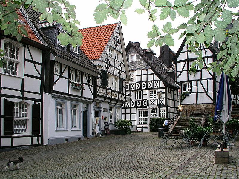 Кеттвиг, старый город. Свободное изображение Викимедии, автор Heinz Albers.