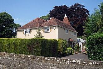 Detling - Image: West Court Oast, The Street, Detling, Kent geograph.org.uk 1377473