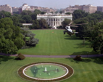South Lawn (White House) - Marine One descending to the South Lawn