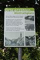Wien-Hietzing - historische Straßenpflasterung Wolfrathplatz - Tafel.jpg