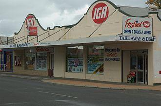 IGA (Australian supermarket group) - A Tasmanian store with the Festival IGA brand (2007).