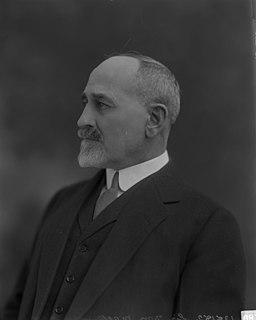 William Mackenzie (railway entrepreneur) railway entrepreneur