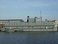 Housing ship Y811.jpg