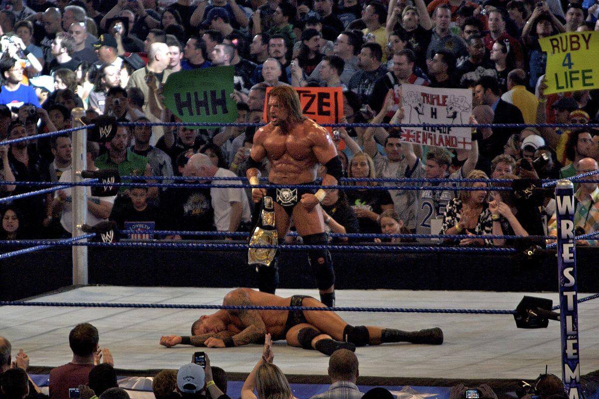 File:WrestleMania XXV - Triple H vs Orton 2.jpg - Wikimedia Commons