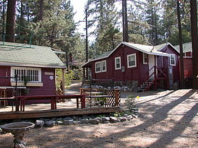 Wrightwood-cabins.JPG