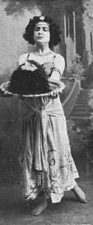 Salome (play) - Actress Margarita Xirgu in the Spanish premiere in 1910 in Barcelona