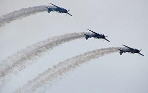 Yakovlev Yak-18 - Aerobatic formation in YAK-18's