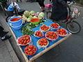 Yangzhou - Chinese New Year - street fruit vendor - P1070052.JPG