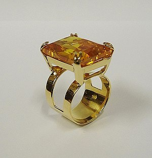 Yellow topaz ring 3.jpg