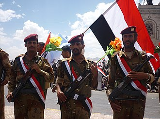 Yemeni Revolution - Yemeni soldiers from the 1st Armoured Division on 60th Street in Sana'a, 22 May 2011