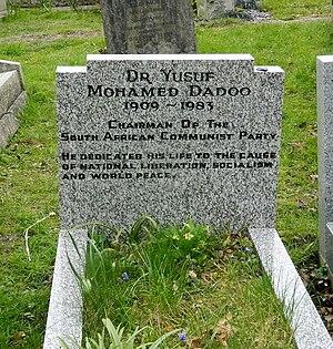 Yusuf Dadoo - Grave of Yusuf Dadoo