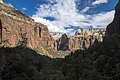 Zion National Park (15186338410).jpg