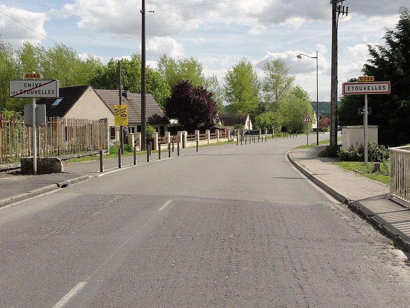 Étouvelles (Aisne) city limit sign