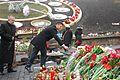 """Българската делегация поднесе цветя на площад """"Независимост"""" в памет на загиналите (13202208113).jpg"""