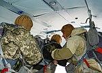 Десантники-резервісти здійснили понад 600 стрибків з парашутом (30044990461).jpg