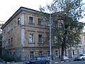 Дом Бабушкина - вид слева.JPG
