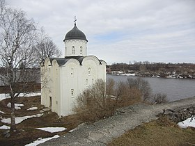 Image illustrative de l'article Église Saint-Georges (Staraïa-Ladoga)