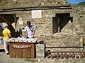 Судак. Генуэзская крепость. Барбакан консула Бернардо ди Амико - бойница для правши (1469г.). 17-08-2009г. - panoramio.jpg