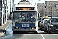 Троллейбус 8581 маршрута 11к подъезжает к метро «Каширская» (09.03.2019).jpg