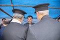 اهداء پرچم حرم علی بن موسی الرضا به هیئت ها یا موکب های مستقر در شهر مهران در ایام پیاده روی اربعین 29.jpg