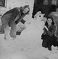 070 8-6 Grandma Cavnar and Snowman (8051200542).jpg