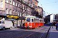 099L18020183 Wiedner Hauptstrasse, Blick stadteinwärts, Strassenbahn Linie 62, Typ L 520.jpg