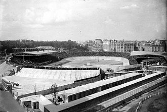 Parc des Princes - Outside view of the second Parc in 1932.