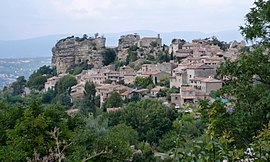 A general view of Saignon