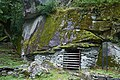 20160713 Historische Ställe unter Felsen, Val Bavone, Cevio (06188).jpg