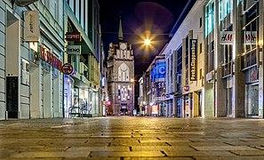2019 - Kröpeliner Straße und Kröpeliner Tor am Abend.jpg