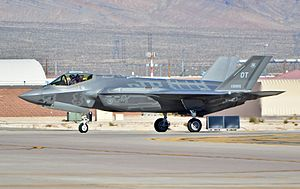 53d Wing - 31st Test and Evaluation Squadron Lockheed Martin F-35A Lightning II 09-5005 (15566969738).jpg