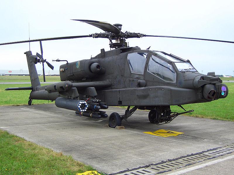 Ein vollbewaffneter niederländischer AH-64 Apache Kampfhubschrauber.