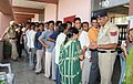 A large number of voters in a queue to cast their vote at a polling booth Davesamaj College for Women, during the 5th and final Phase of General Election-2009, in Chandigarh on May 13, 2009.jpg