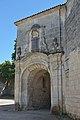 Abbaye Saint-Étienne Bassac èglise entree.jpg